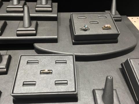 custom-ring-jewelry-display-4.jpg