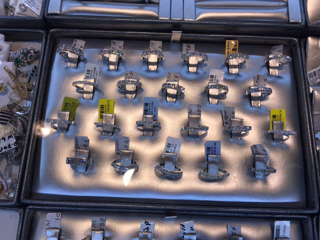 jewelry-ring-tray-display-custom-made.jpg